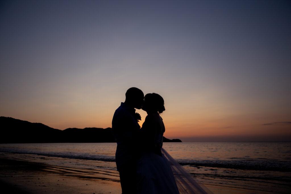 adventurous elopement in Costa Rica