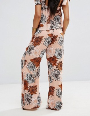 Misguided Retro Floral 2