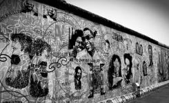 Interesting Facts About Berlin Wall