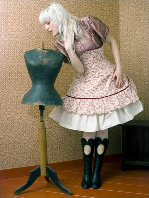 This sweet and lovely Lolita underbust corset dress features a full skirt to accommodate a blouse and petticoat underneath. By Skeletons in the Closet Corsetry (Netherlands).