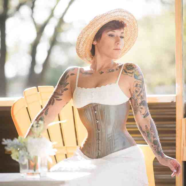 Hourglass Iridescent Champagne corset