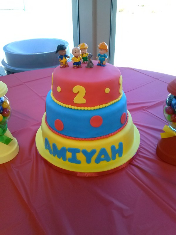 Caillou Cake Lucy . Productions