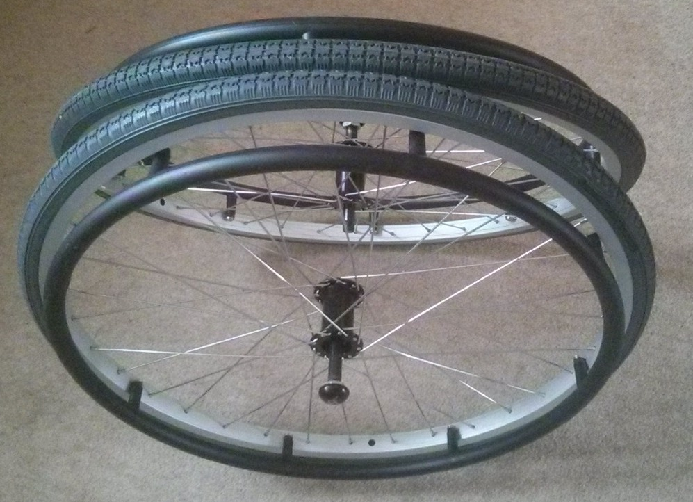 Quick-release wheelchair wheels