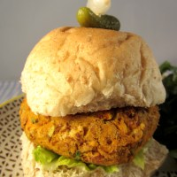 Jamaican Jerk Spiced Sweet Potato Burgers