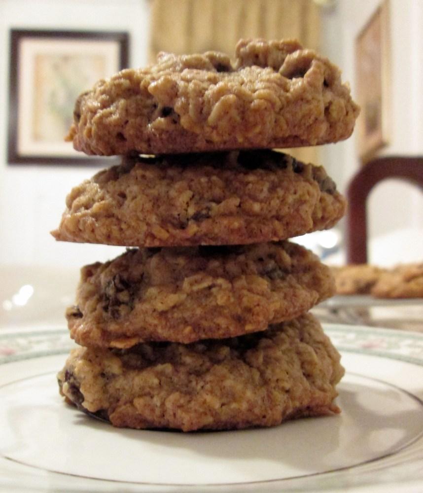 Oatmeal Raisin Cookies (2/5)