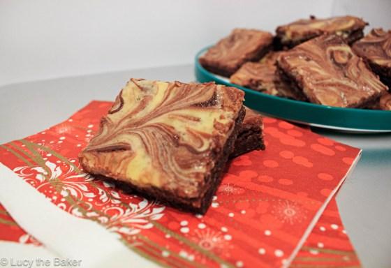 Red Velvet Cheesecake Brownies_2