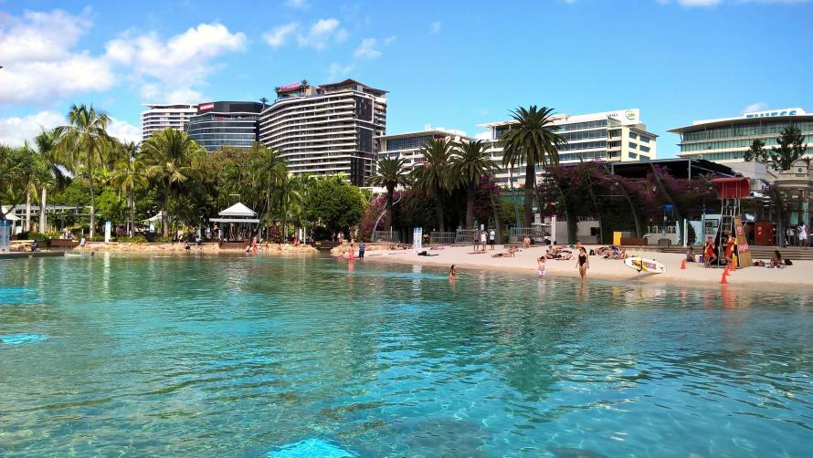 brisbane street beach piscina e spiaggia