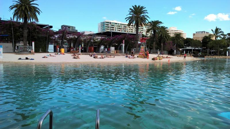 brisbane street beach piscina spiaggia