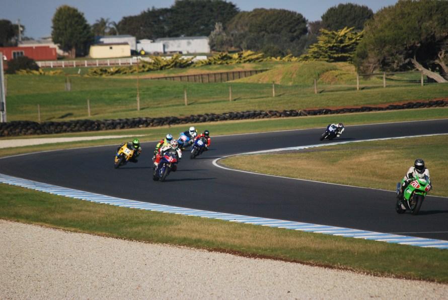 moto in corsa al grand prix circuit phillip island