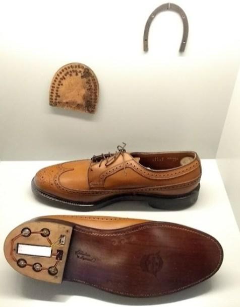 scarpe-apribili-per-spionaggio