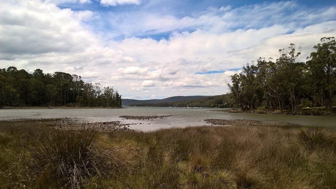 tasmania-port-arthur-paesaggio-con-laguna