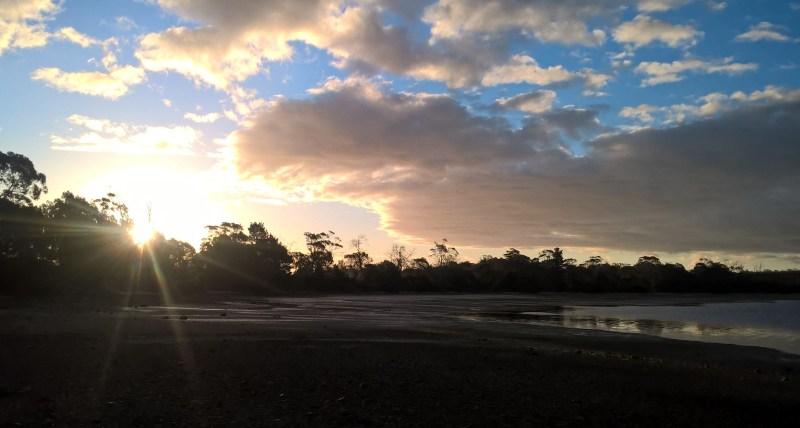 tramonto lacustre Tasmania