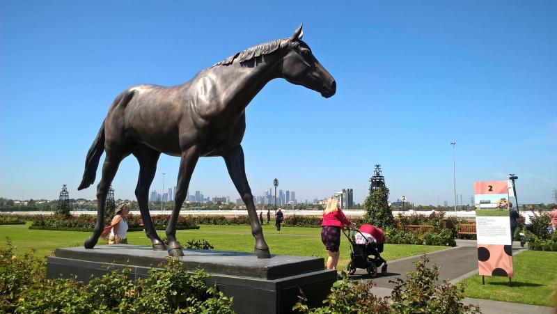 Phar lap, la statua del mitico cavallo da corsa