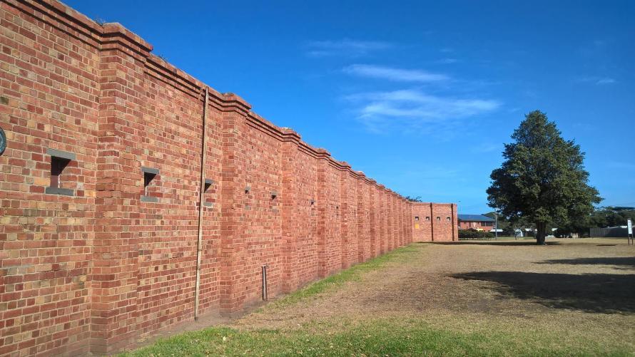 muro di mattoni del forte di queenscliff