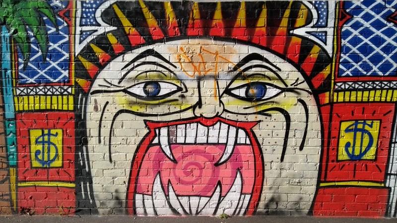 Capodanno in Australia: murales sul capitalismo