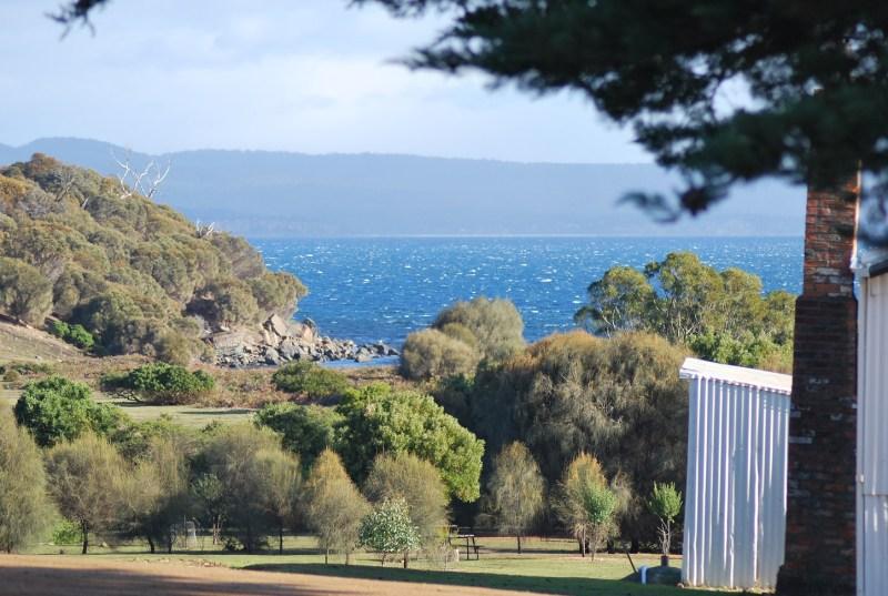 Maria Island, Tasmania: panorama, mare e alberi