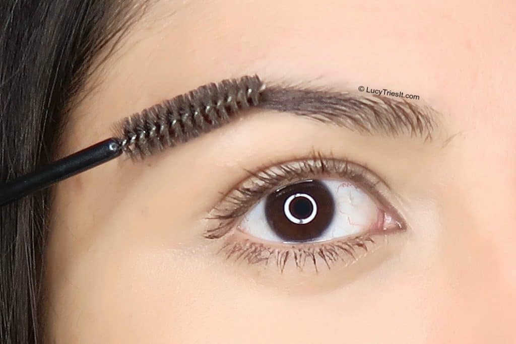 How To Keep Eyebrows In Place   Lucy Tries It