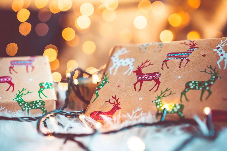 christmas-gifts-still-life-with-beautiful-bokeh-picjumbo-com
