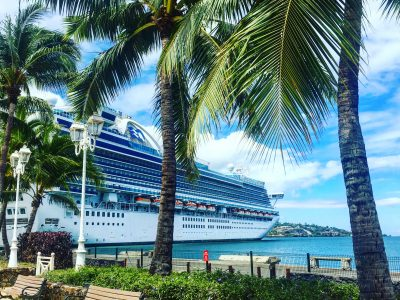 Cruise Ship - Tahiti - Lucy Williams Global