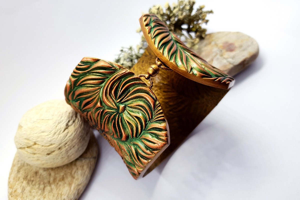 """Bracelet Design with """"Cracked Tree Bark"""" and """"Fern Leafs"""" textures 6"""