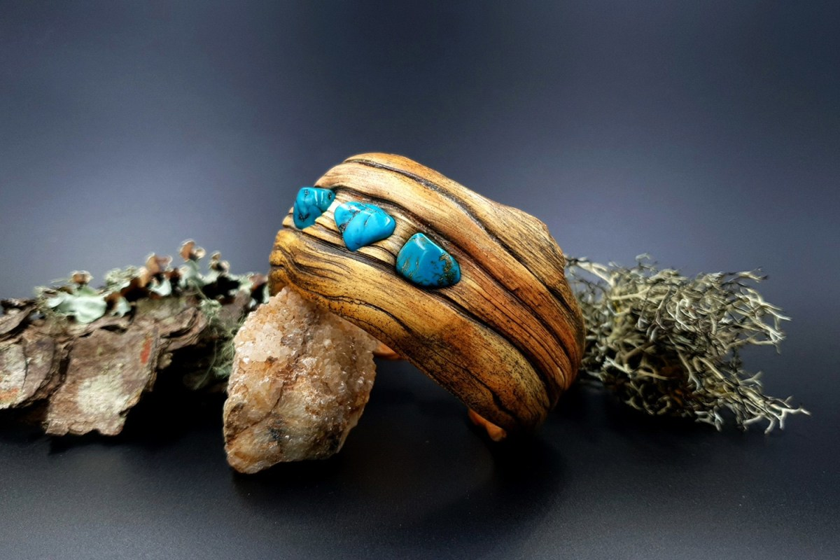 Paid Tutorial: Faux driftwood bracelet cuff with turquoise stone 1