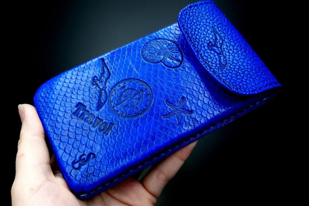 My 2nd handmade phone case from amazing polymer clay Fimo leather! 2