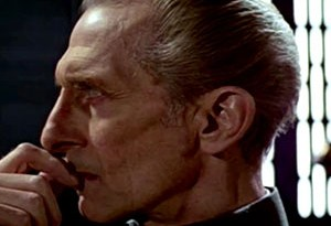 Peter Cushing como Moff Tarking