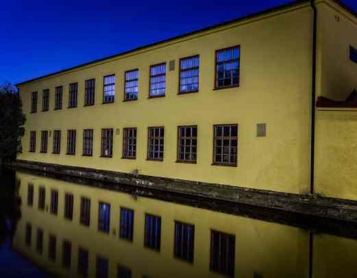 Svängsta Industrihotell med Foto Karlshamn - Ludwig Sörmlind
