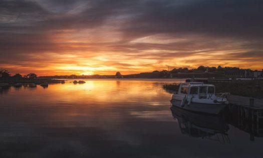 Vacker solnedgång ute på finskan på Tjurkö utanför Karlskrona - Ludwig Sörmlind