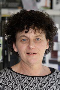 Ansprechpartnerin Ellen Barton