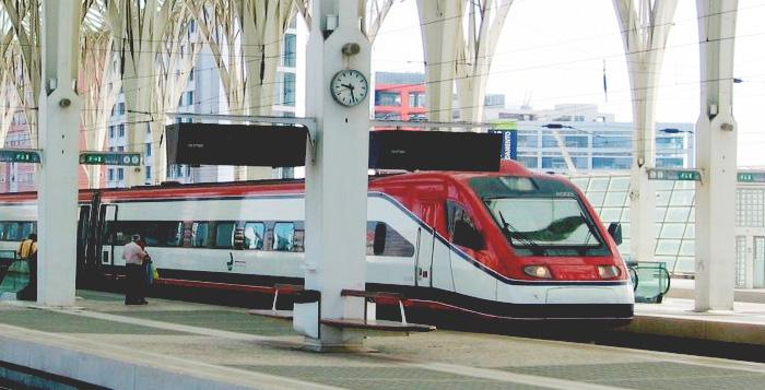 Trem de Lisboa a Porto