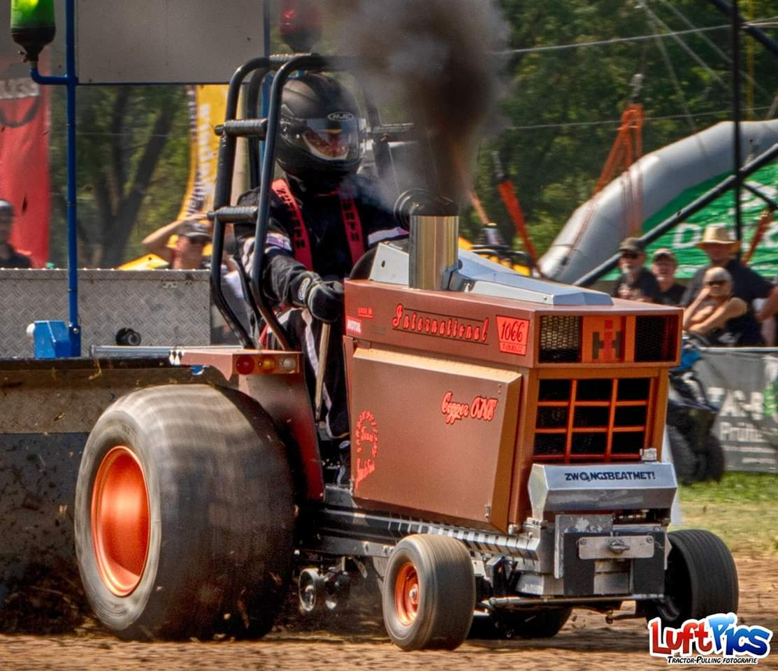 C:\Users\User\Desktop\Tractor-Pulling\Gardenpulling\Kompaktdiesel\Copper One.jpg