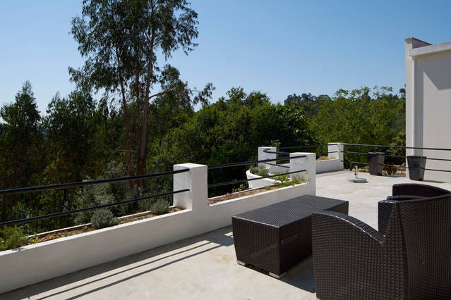 foto zitje voor keuken en slaapkamer 1e etage op terras adegahuis
