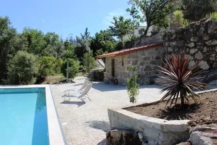 piscina e terraço gecomprimeerd 2