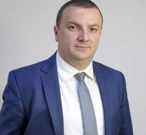 Lugoj Expres Lugojul rămâne cu un singur parlamentar: Călin Dobra Parlamentarii de Timiș Lugojul are un parlamentar Călin Dobra