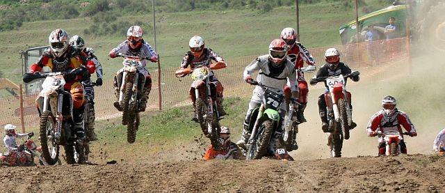 Lugoj Expres Campionatul Național Individual al României la motocros - prima etapă, pe circuitul de la Lugoj piloți motocros Motociclism Moto Extrem Lugoj Campionatul Național Individual al României