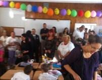 Lugoj Expres Femeile din PSD Lugoj au dăruit rechizite și dulciuri preșcolarilor de la Școala Gimnazială Nr.4 școli Școala Gimnazială nr. 4 Lugoj rechizite PSD Lugoj Primul clopoțel OFSD Lugoj femeile social-democrate deschiderea anului școlar daruri clase pregătitoare