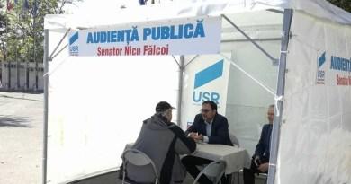 Lugoj Expres Audiență în stradă! Senatorul USR Nicu Fălcoi va asculta păsurile lugojenilor USR Timiș USR senator USR Nicu Fălcoi audiență în stradă