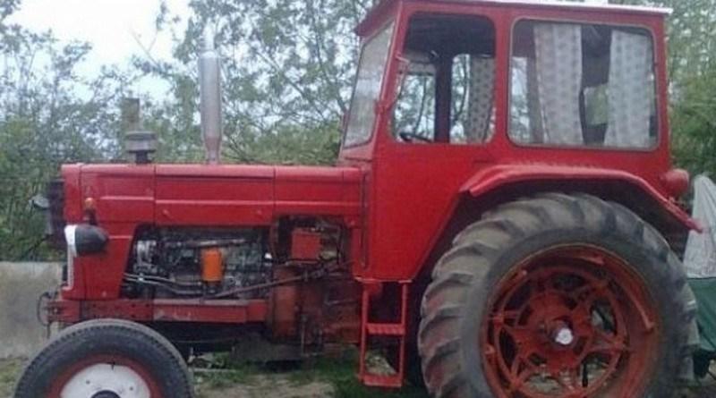 Lugoj Expres Beat și fără permis de conducere, în voiaj cu... tractorul tractor fără permis Dumbrava dosar penal beat voiaj