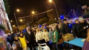 """Lugoj Expres Lugojenii și-au testat glicemia în fața Primăriei Ziua Mondială a Diabetului testare Lions glicemie diabet Clubul Lions """"Ana Lugojana"""" Lugoj"""