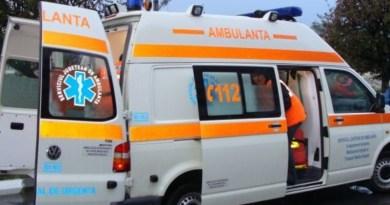 Lugoj Expres Tragedie! A murit pe treptele Primăriei Lugoj! tragedie SMURD primărie mort deces Ambulanță