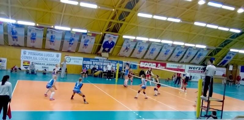 Lugoj Expres CSM Lugoj a învins Penicilina Iași și a urcat pe loc de play-off volei victorie play-off Penicilina Iași Divizia A1 Dinamo CSM Lugoj