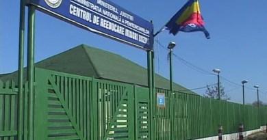 Lugoj Expres Trei tineri au evadat din Centrul Educativ Buziaș. După câteva ore au fost capturați în județul Mehedinți tineri evadați penitenciar evadare deținuți deținut prins Centrul Educativ Buziaș capturați