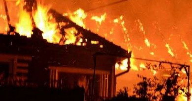 Lugoj Expres Incendiu la o casă din Făget, provocat de un scurtcircuit electric scurt circuit electric pagube materiale incendiu Făget incendiu casă incendiu Făget casa în flăcări
