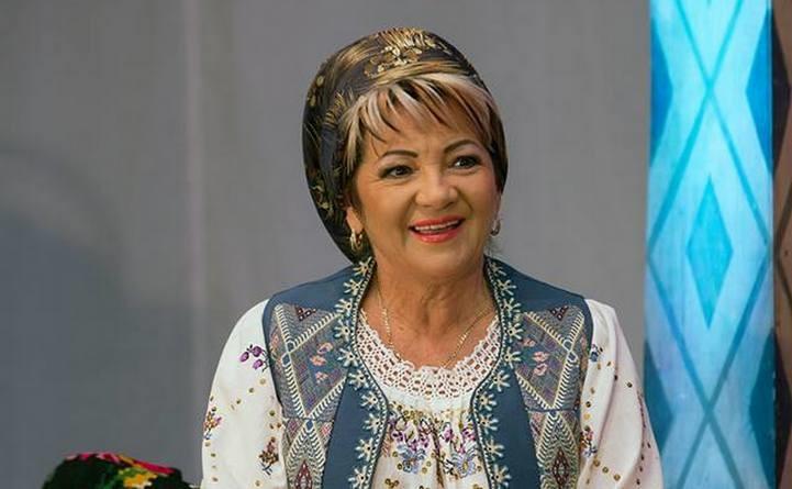 Lugoj Expres Cântăreață de muzică populară, în stare gravă, după un accident în Ungaria. Soțul ei a murit Ungaria muzică populară Liliana Savu Badea cântăreață rănită grav cântăreață Buziaș Autostrada accident grav