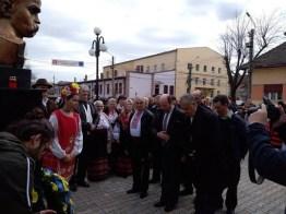 Lugoj Expres Poetul Taras Șevcenko, omagiat de ucrainenii din zona Lugojului UUR Timiș Uniunea Ucrainenilor ucraineni Taras Șevcenko spectacol program artistic poet Lugoj bust