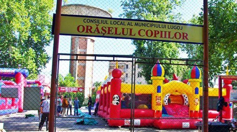 Lugoj Expres Surpriză plăcută pentru prichindei: se redeschid Orășelele Copiilor timp liber surpriză reguli pricindei oraselul copiilor Lugoj locuri de joacă jocuri gonflabile copii