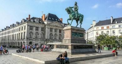 Lugoj Expres Delegație lugojeană, în Franța! Se aniversează 25 de ani de parteneriat Lugoj - Orleans vizită Sărbătoarea Jeanne d'Arc – 2019 parteneriatul Lugoj-Orleans parteneriat Orleans Lugoj Franța delegație 25 de ani