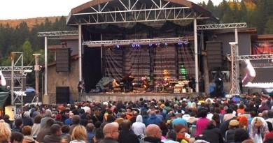 Lugoj Expres Gărâna redevine, pentru patru zile, capitala jazzului! Astăzi începe Gărâna Jazz festival, ediția 23 Poiana Lupului natură muzicieni Jazz Banat jazz Gărâna Jazz Festival Gărâna festival concerte