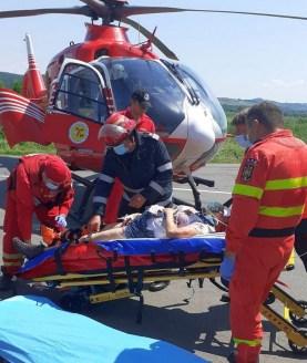 Lugoj Expres Accident grav, cu trei mașini și patru victime, pe DN 68A. A intervenit elicopterul SMURD vătămare corporală patru victime Margina Lugoj infracțiune impact elicopterul SMURD DN 68A Deva coliziune accident grav accident